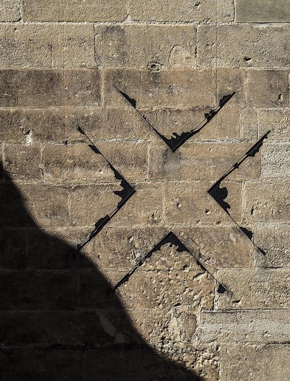 Arles Cross